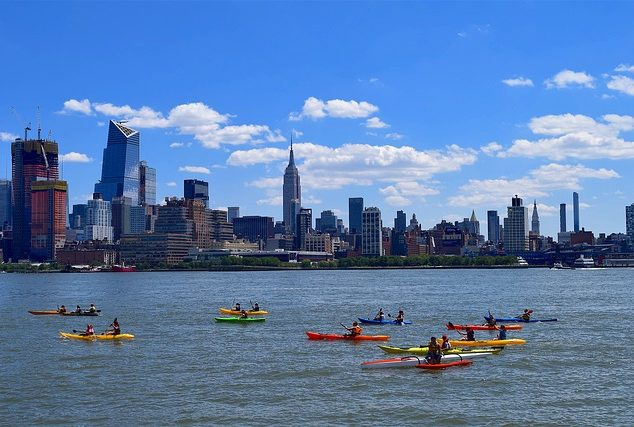 camera sport kayak New York