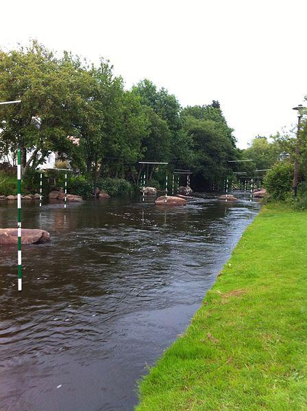 spots de kayak d'eau vive en Bretagne - parc d'eau vive Inzinzac-Lochrist